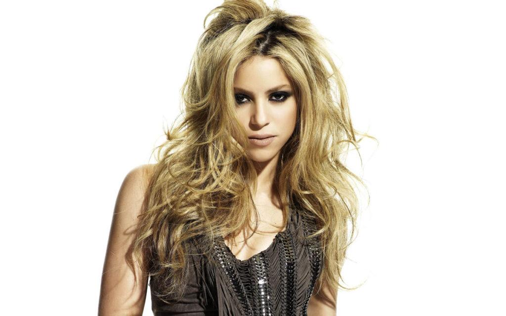 2 Şubat 1977 doğumlu Shakira Isabel Mebarak Ripoll: Güneş Kova, Yükselen Koç, Ay Yengeç